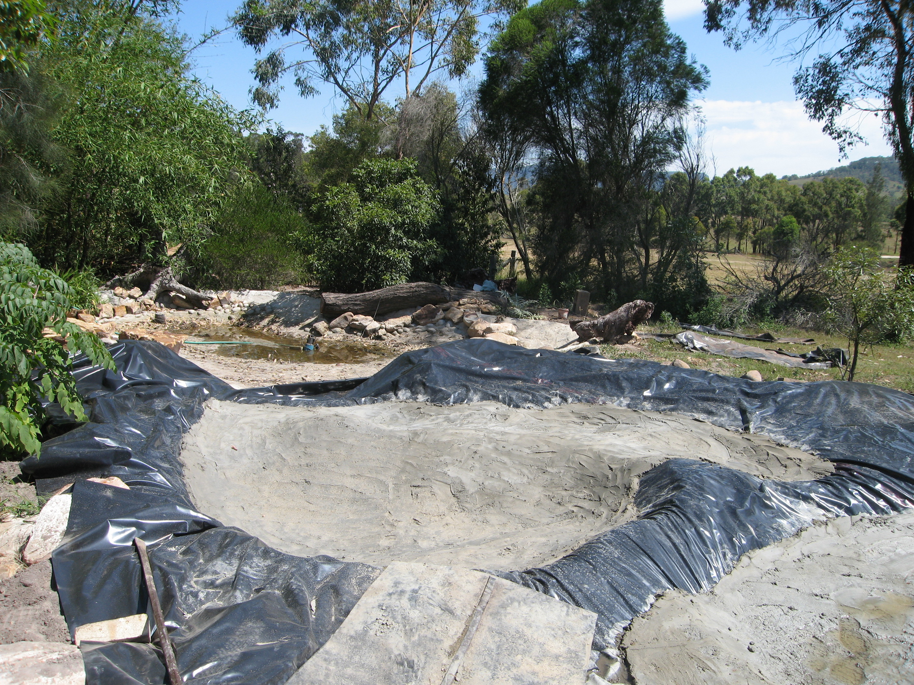 Pond building wallis creek watergarden for Building a pond with liner